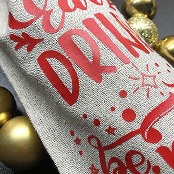 HTV on a Christmas Wine Bag Tutorial
